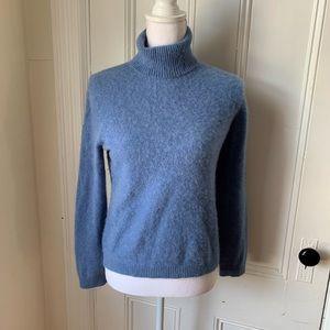 🌛L.LBean🌛 cashmere turtleneck sweater